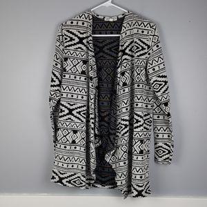 American Eagle Black/White Geometric Cardigan M